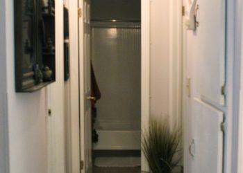 Breezes 1 Hallway