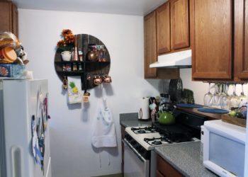 Breezes 1 Kitchen