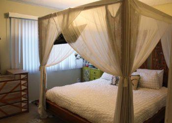 Breezes 2 Bedroom