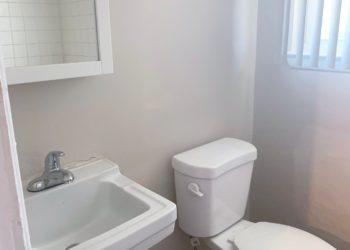 Fairview Gardens Bathroom