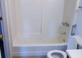 Fairview II Bathroom
