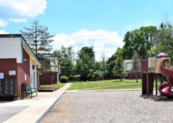 Pinewood Gardens Playground